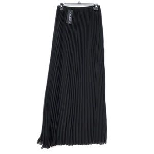 🆕 pleated maxi skirt